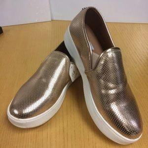 Steve Madden Woman's Gold Loafer Sneaker Size 10